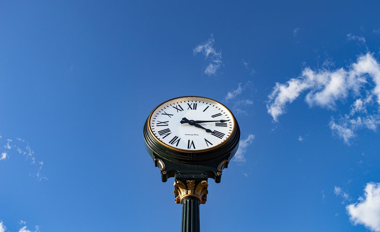 Тази неделя местим стрелките на часовниците