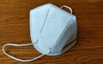 """Сдружение """"За Етрополе"""" дари медицински маски от най-висок клас"""